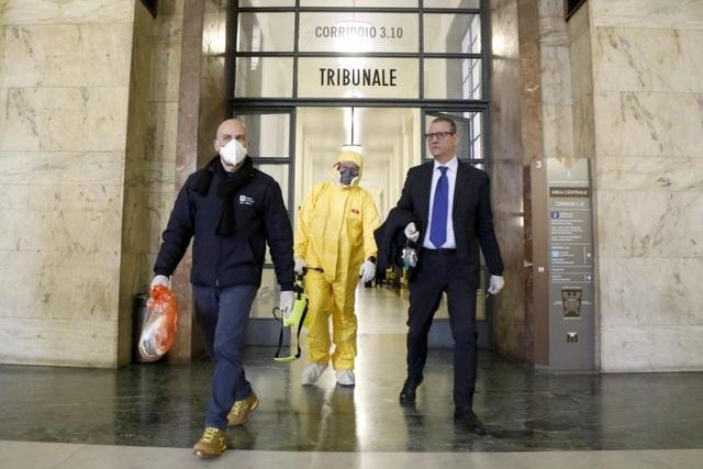 Italia: Số người chết vì corona tăng kỷ lục lên 79, hơn 2.500 người nhiễm - 1