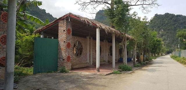 Cận cảnh homestay hàng chục tỷ đồng bị bỏ hoang tại Ninh Bình - 1