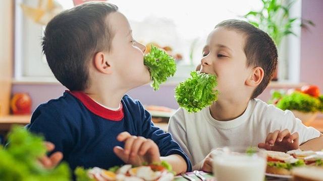 Dùng TV để khuyến khích trẻ ăn uống lành mạnh như thế nào? - 2
