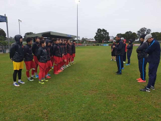 Đội tuyển nữ Việt Nam tập luyện tại Australia, chuẩn bị cho trận play-off - 1