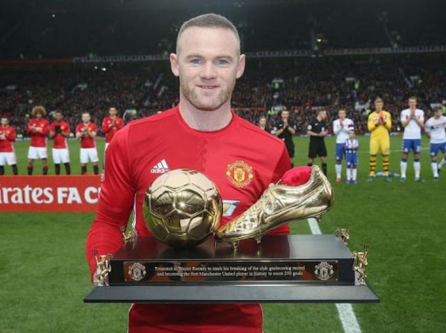 10 khoảnh khắc đáng nhớ của Rooney trong màu áo Man Utd - 10