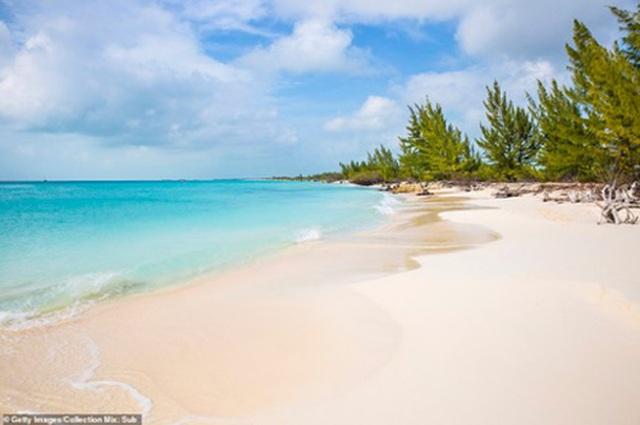 Điểm danh những bãi biển quyến rũ nhất thế giới - 3