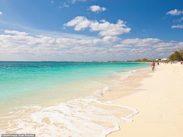 Điểm danh những bãi biển quyến rũ nhất thế giới - 6