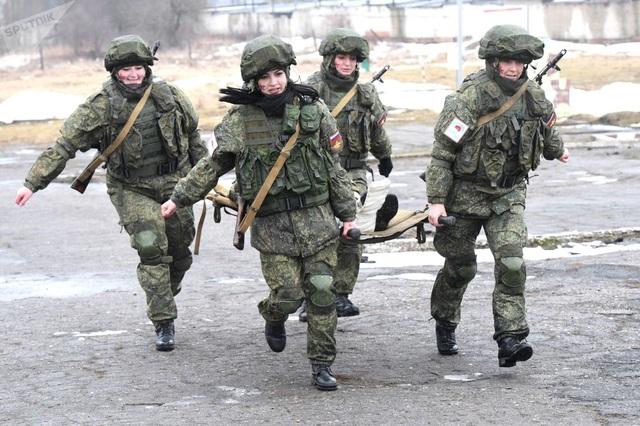 """Vẻ đẹp của những """"bông hồng thép"""" trong lực lượng tên lửa chiến lược Nga - Ảnh minh hoạ 2"""