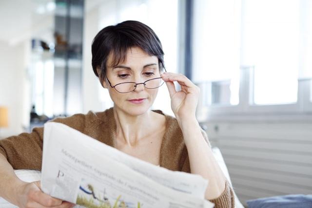 Món quà ý nghĩa để cải thiện sức khỏe thị lực của mẹ: Kính đa tròng Essilor - 2