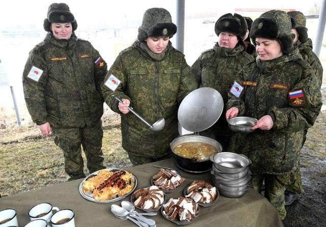 """Vẻ đẹp của những """"bông hồng thép"""" trong lực lượng tên lửa chiến lược Nga - Ảnh minh hoạ 10"""