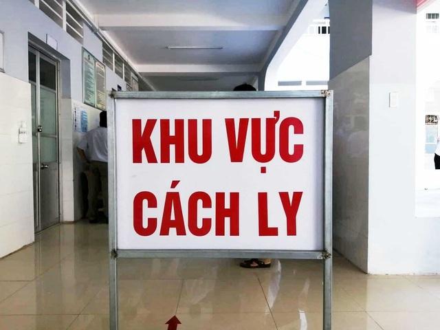 Tìm 5 khách cùng chuyến bay với người bệnh corona nhập cảnh vào Việt Nam - 1