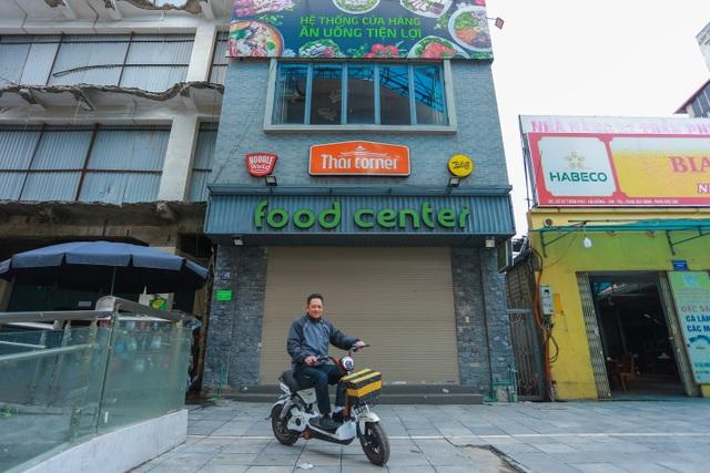 Kinh doanh ế ẩm, hàng loạt cửa hàng ở Hà Nội đóng cửa trả mặt bằng - 4