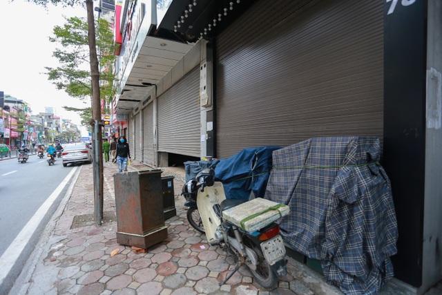 Kinh doanh ế ẩm, hàng loạt cửa hàng ở Hà Nội đóng cửa trả mặt bằng - 7