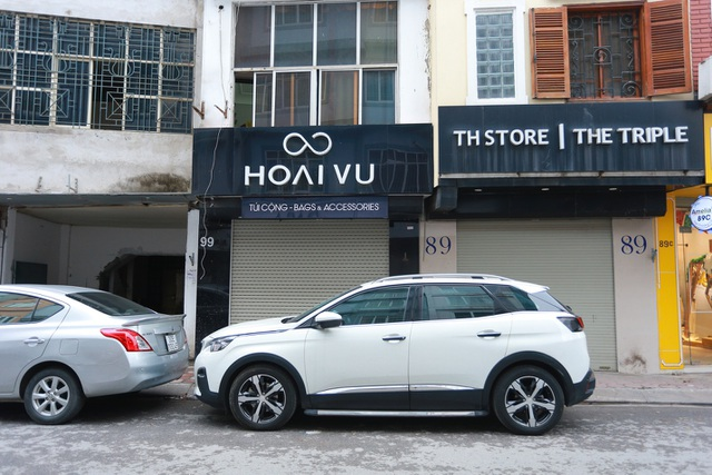 Kinh doanh ế ẩm, hàng loạt cửa hàng ở Hà Nội đóng cửa trả mặt bằng - 8