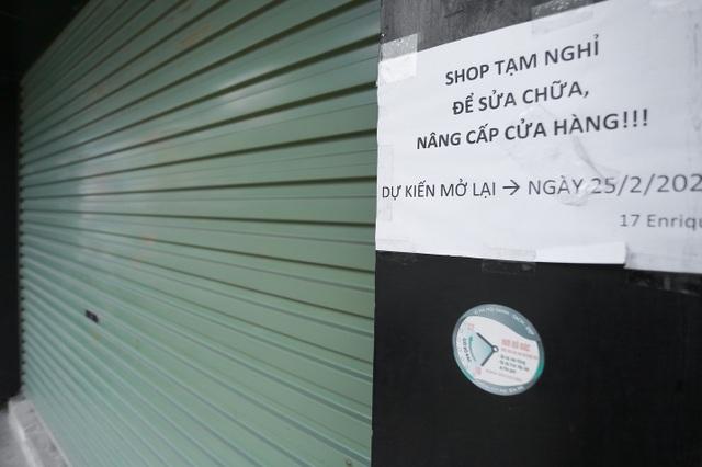 Kinh doanh ế ẩm, hàng loạt cửa hàng ở Hà Nội đóng cửa trả mặt bằng - 9