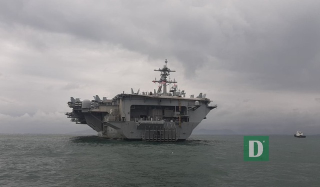 Siêu hàng không mẫu hạm Mỹ tiến vào vùng biển Đà Nẵng - 1