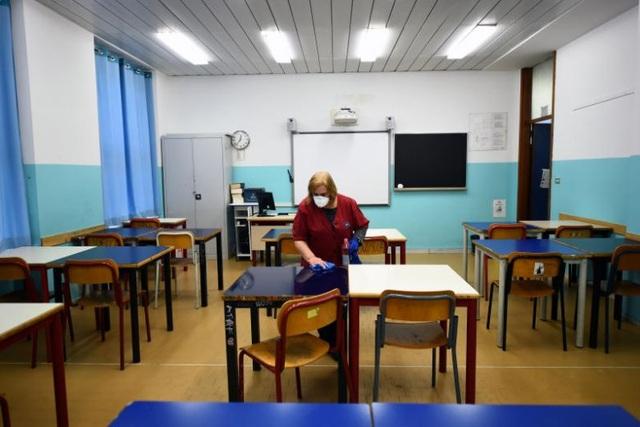Số người chết vì Covid-19 vọt lên 107, Italia đóng cửa toàn bộ trường học - 1
