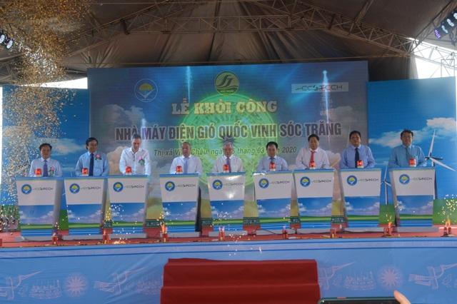Sóc Trăng khởi công xây nhà máy điện gió hơn 5.300 tỷ đồng - 1