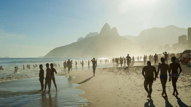 Một nửa bãi biển trên thế giới sẽ biến mất trước năm 2100 - 1
