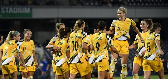 Đội tuyển nữ Việt Nam đấu Australia: Quan trọng là tinh thần - 2