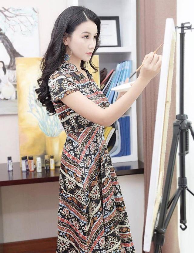 Lương Giang: Nữ hoạ sĩ, giảng viên với vai diễn bị ghét nhất màn ảnh - 1