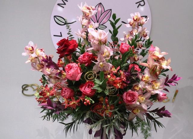 Hà Tĩnh: Hoa lạ, đắt đỏ tràn ngập thị trường ngày 8/3 - 5