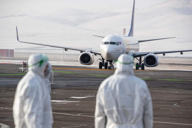 Dịch cúm kéo dài, 60% số doanh nghiệp sẽ giảm một nửa doanh thu - 1
