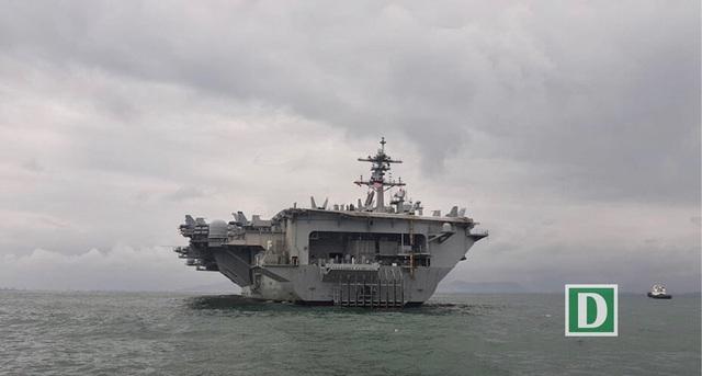 Tàu sân bay Mỹ thăm Đà Nẵng: Đô đốc Mỹ cảm ơn sự hiếu khách của Việt Nam  - 2