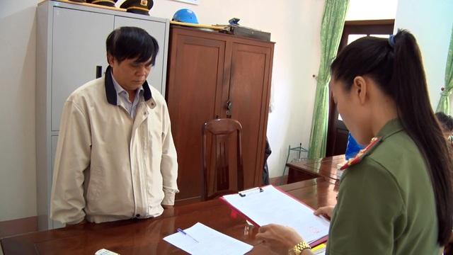 Tạm đình chỉ công tác Phó Giám đốc Sở Nội vụ Phú Yên - 1