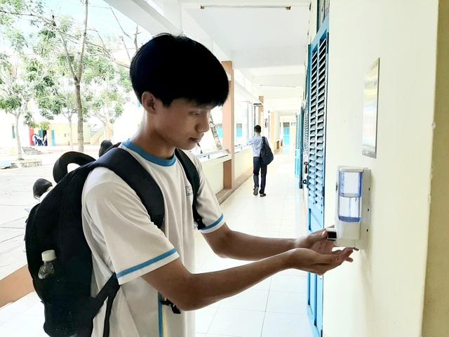 Sóc Trăng: Học sinh từ THCS trở xuống tiếp tục nghỉ học thêm 1 tuần - 1