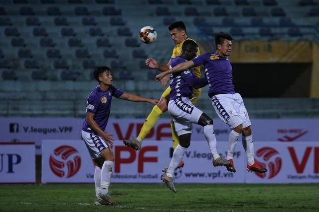 CLB Hà Nội thắng Nam Định trong trận ra quân không có khán giả - 3