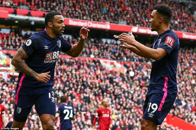 Mane, Salah giúp Liverpool lập kỷ lục trên sân nhà Anfield - 3