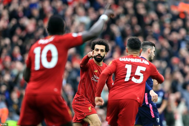 Mane, Salah giúp Liverpool lập kỷ lục trên sân nhà Anfield - 2