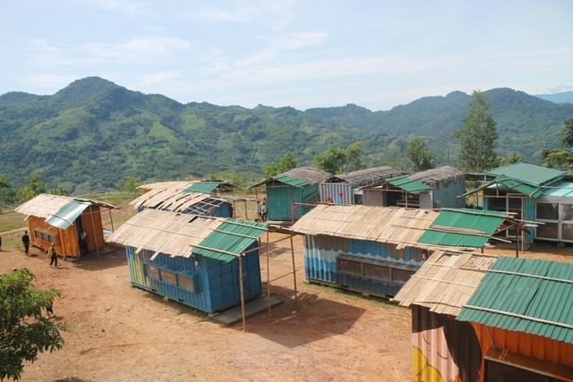 Quảng Ngãi: Vận động kinh phí xóa nhà bán trú container - 1