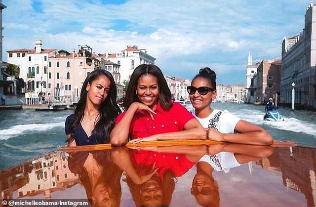 Michelle Obama tham gia phim tài liệu về cuộc sống của tân sinh viên Mỹ - 6