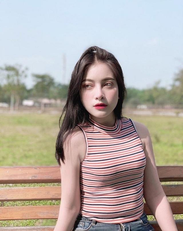 Thiếu nữ Hà thành xinh đẹp thường bị nhầm là con lai - 3