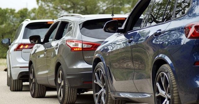 Xe nhập giảm rất mạnh sau khi ô tô trong nước được giảm 50% phí trước bạ - 1