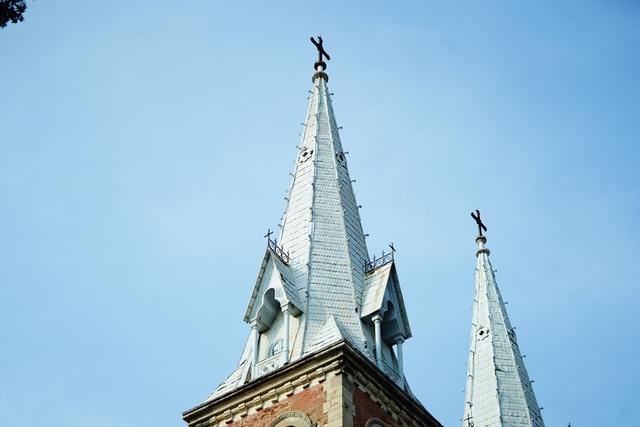 Cận cảnh nhà thờ Đức Bà sau hai năm trùng tu - 10