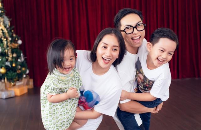 Khoảnh khắc ấm lòng của gia đình Khánh Thi giữa dịch Covid-19 - 2
