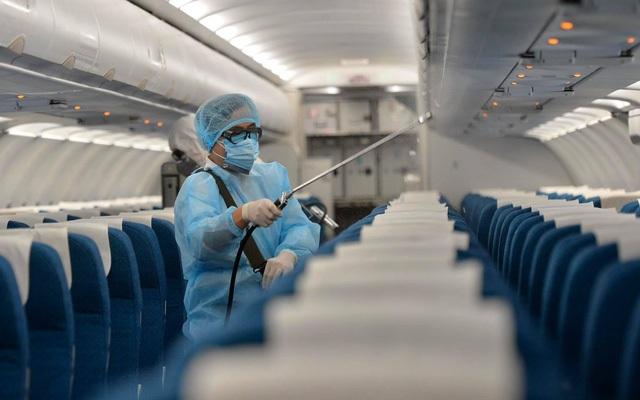 Thủ tướng: Tạm hoãn công tác nước ngoài để tập trung chống dịch Covid-19 - 1