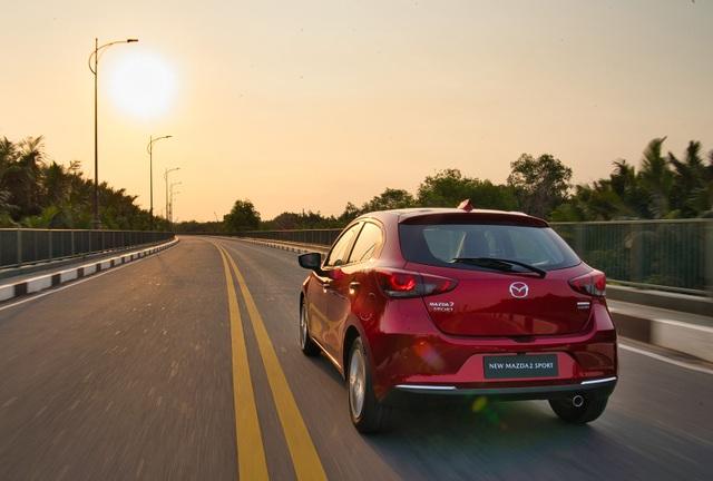 Mazda2 về Việt Nam, khởi điểm từ 509 triệu đồng - 2