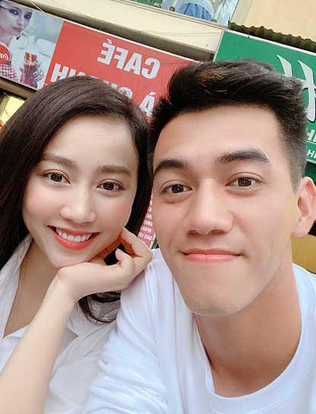 Những nàng WAGs bóng đá Việt Nam giàu nứt đố, đổ vách - 2