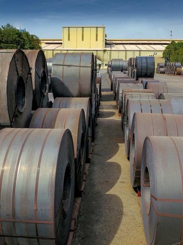 Cận cảnh dây chuyền sản xuất tôn Hoa Sen Gold bảo hành lên đến 30 năm - 2