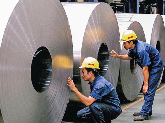 Cận cảnh dây chuyền sản xuất tôn Hoa Sen Gold bảo hành lên đến 30 năm - 3