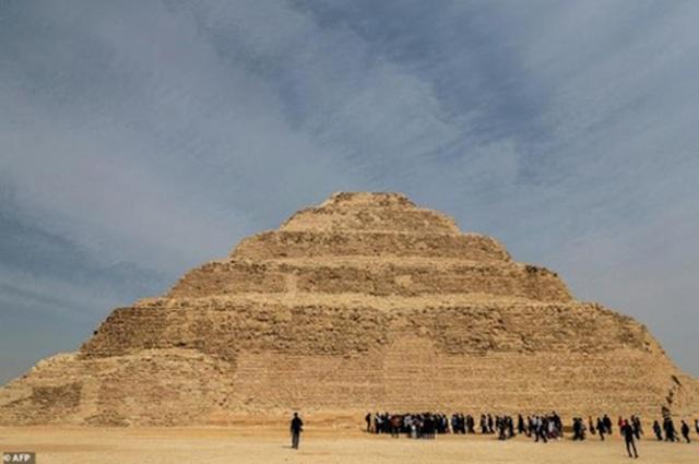 Ai Cập: Kim tự tháp nổi tiếng mở cửa trở lại sau 90 năm - 1