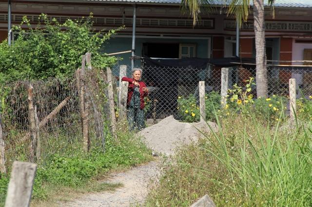 """Ngang nhiên """"rào đường, chắn lối"""" của hàng chục hộ dân tại Phú Yên - 4"""