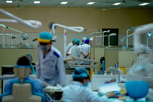 Đón 14.000 SV học trở lại, Trường ĐH Y dược TPHCM chuẩn bị gì? - 12