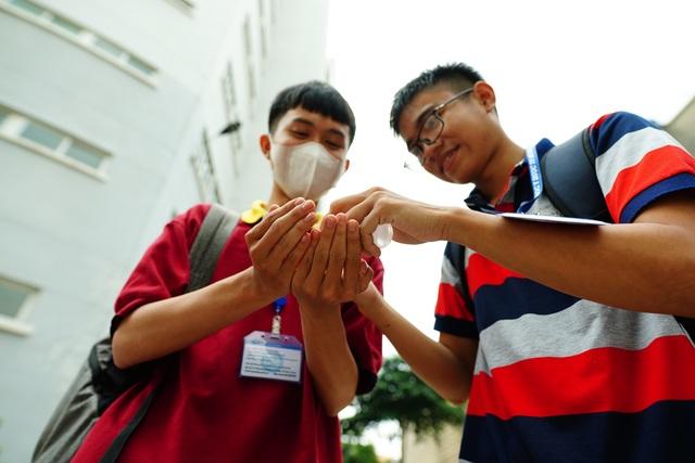 Đón 14.000 SV học trở lại, Trường ĐH Y dược TPHCM chuẩn bị gì? - 2