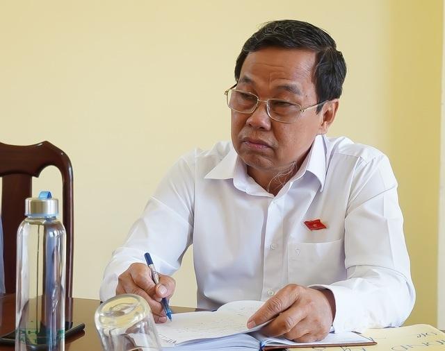 Kiểm điểm Chủ tịch huyện vụ giả mạo hồ sơ nhận trợ cấp chất độc hóa học - 1