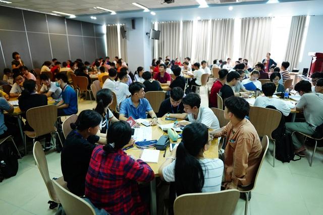 Đón 14.000 SV học trở lại, Trường ĐH Y dược TPHCM chuẩn bị gì? - 8