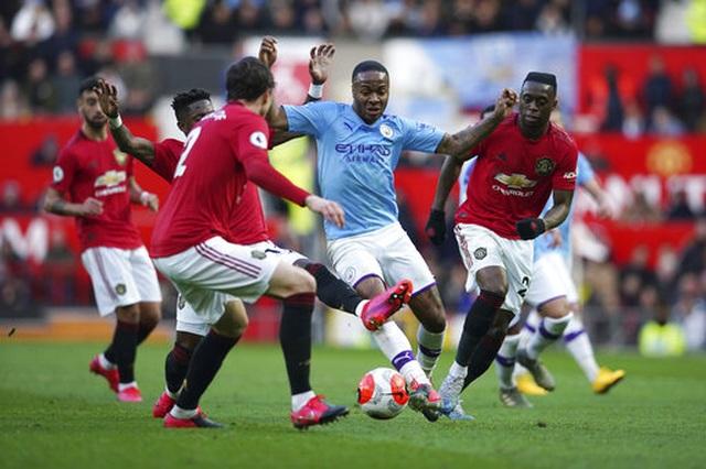 Man Utd 2-0 Man City: Martial, McTominay trừng phạt đối thủ - 8