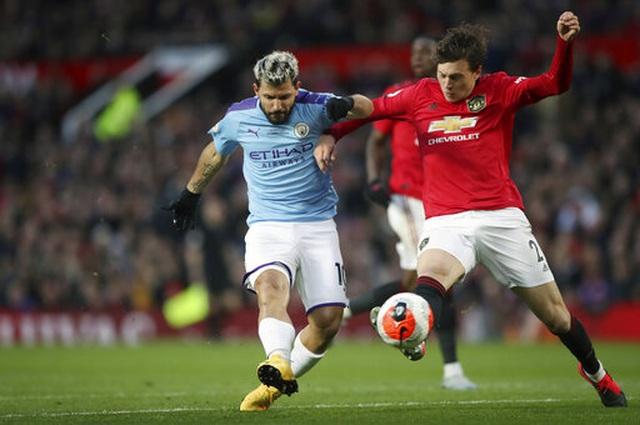 """Những """"tội đồ"""" khiến Man City ôm hận trước Man Utd - 3"""