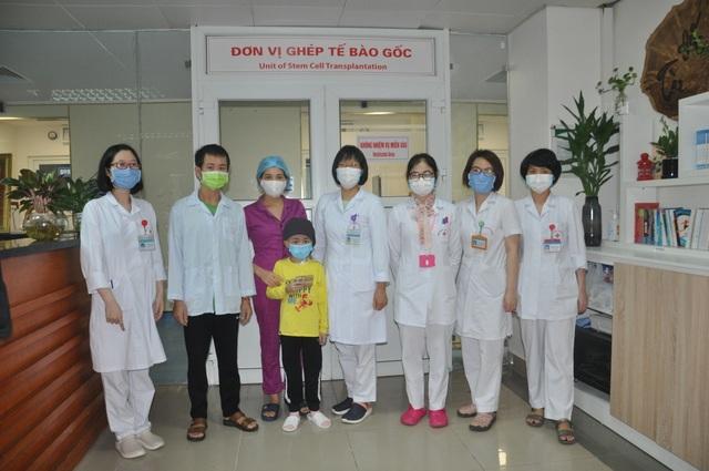 Bạn đọc Dân trí giúp cậu bé 9 tuổi đánh bại bệnh ung thư máu quái ác - 3