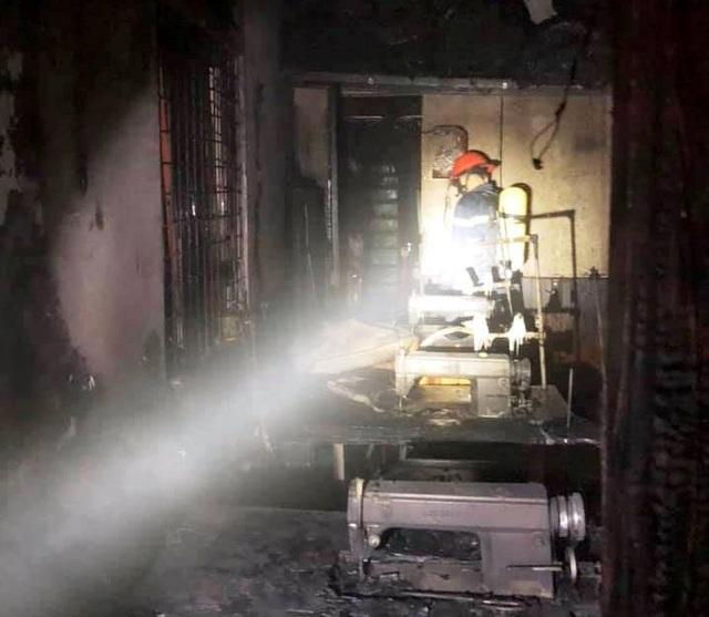 Hỏa hoạn thiêu rụi 6 căn nhà lúc rạng sáng - 5